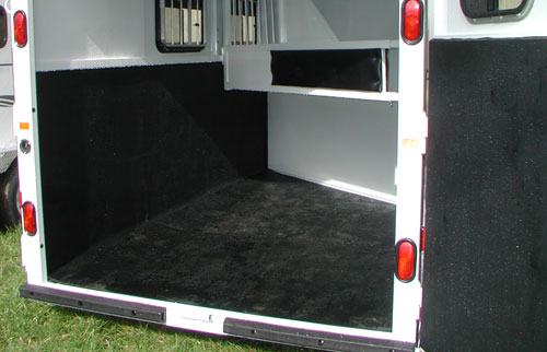 Rubber equine flooring - mats, rolled rubber for trailers ...
